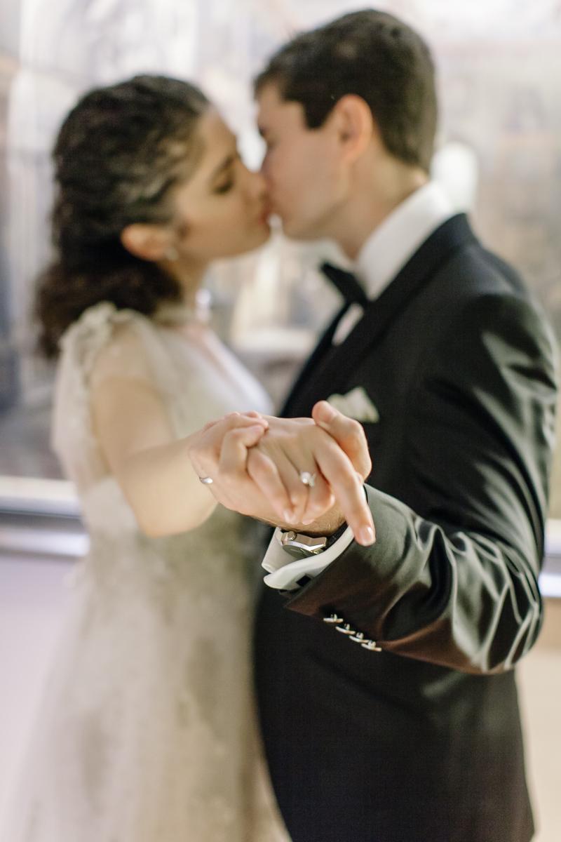 Hochzeitsfotograf Franken Irina Alexandru Tucherschloss 027 - hochzeitsfotografie, blog, bestof - Hochzeitsinspiration, Hochzeitsfotografie, Hochzeitsfotograf Nürnberg, friedaundgretchen, Fotograf, Brautpaar, Bräutigam, Babyfotograf Nürnberg