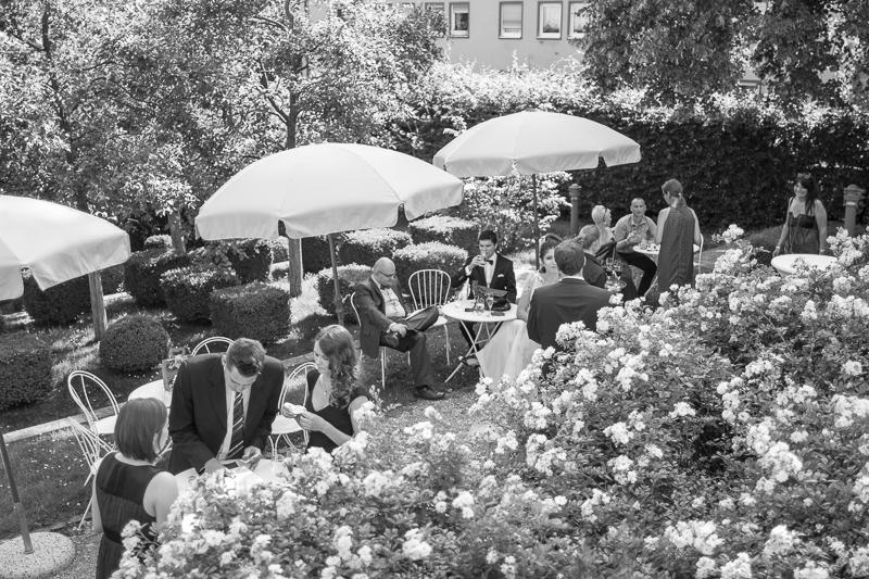 Hochzeitsfotograf Franken Irina Alexandru Tucherschloss 059 - hochzeitsfotografie, blog, bestof - Hochzeitsinspiration, Hochzeitsfotografie, Hochzeitsfotograf Nürnberg, friedaundgretchen, Fotograf, Brautpaar, Bräutigam, Babyfotograf Nürnberg