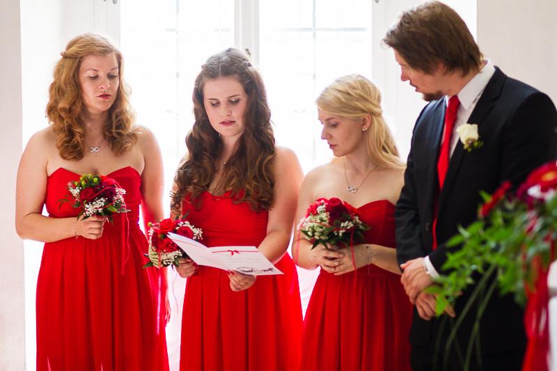 Hochzeitsfotograf Franken Micha Andi 017 - hochzeit, blog, bestof - Schloß Thurn, Nürnberg, Hochzeitsfotografie, Hochzeitsfotograf Nürnberg, Hochzeitsfotograf Franken, Hochzeitsfotograf, Hochzeitsfeier, Hochzeit, friedaundgretchen, Fotograf