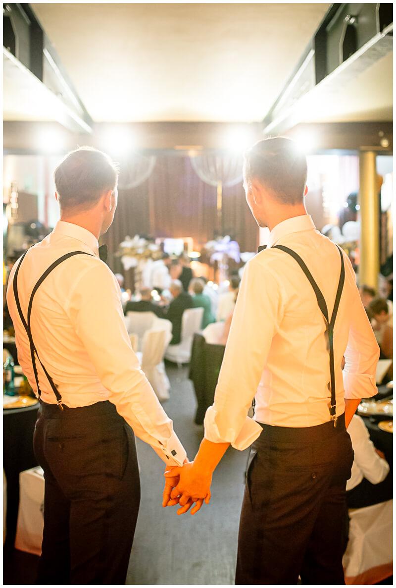 samegender_wedding_photography
